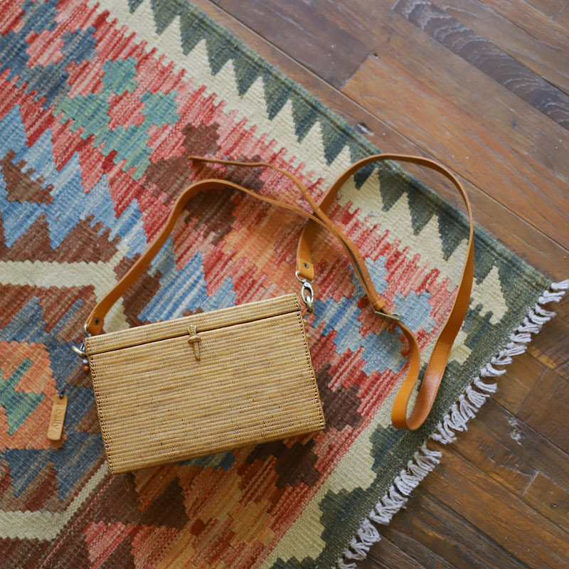 角型ウルトラスーパー蓋付きショルダーバッグM (SAB119)  Rosily(ロージリー) バリ島 超極細編み アタかごバッグ 高級 浴衣や着物にも