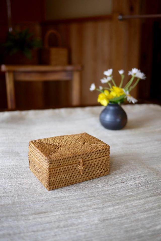 Rosily(ロージリー) バリ島 アタかご雑貨 長方形蓋付  ハイクオリティ (BOX355)