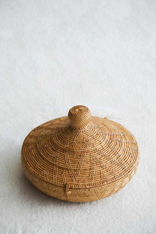 タジン鍋みたいなLL (BOX433)  Rosily(ロージリー) バリ島 アタかご雑貨 蓋付きバスケット