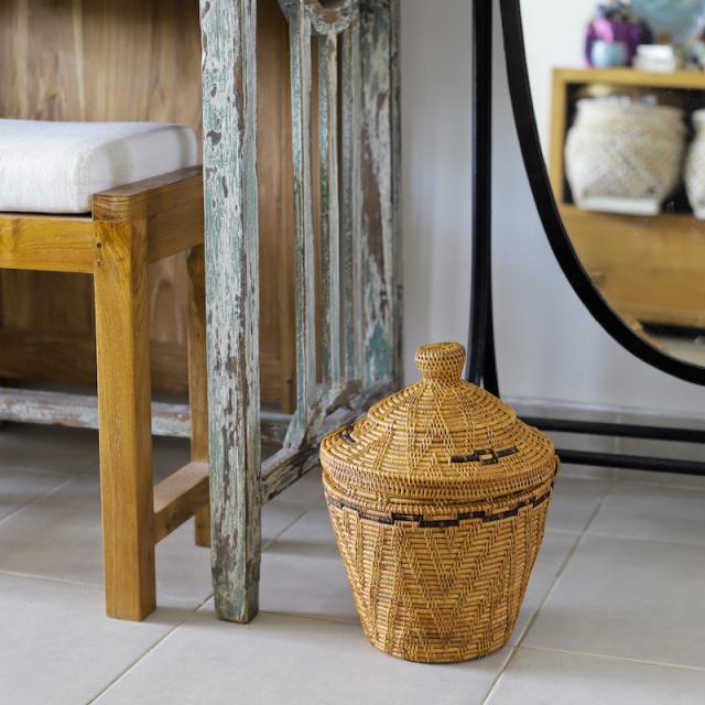 壷型尖り蓋付きSS (DST201)  Rosily(ロージリー) バリ島 アタかご雑貨 ゴミ箱 プランターカバー