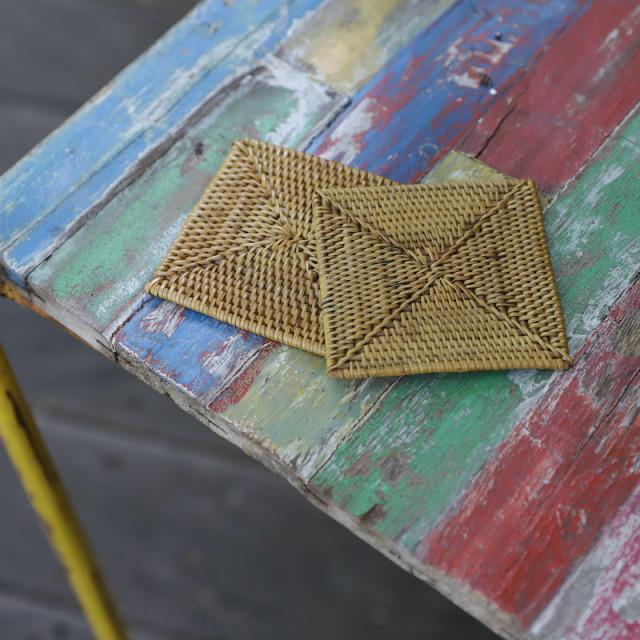 角形コースター2枚セット (MAT189)  Rosily(ロージリー) バリ島 アタかご雑貨 リビング キッチンマット