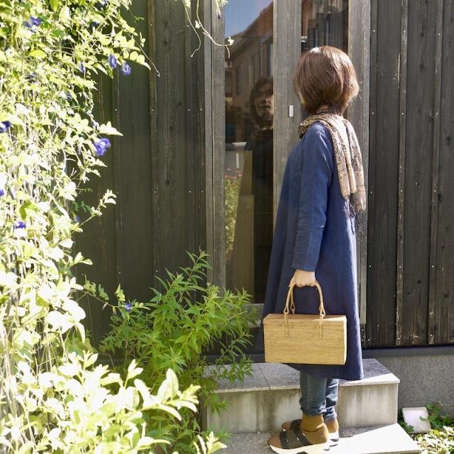 ブロック型バッグ蓋付き (NAB654)  Rosily(ロージリー) バリ島 アタかごバッグ 浴衣や着物にも