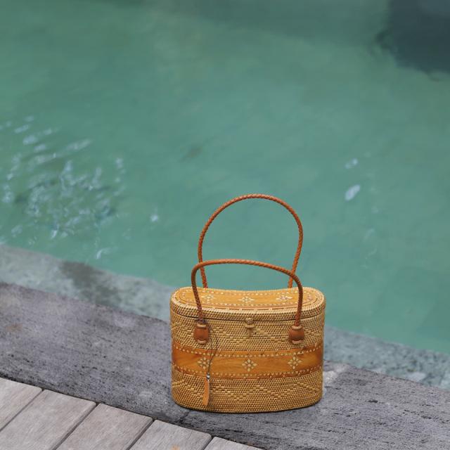 飯盒型バッグ (NAB685) Rosily(ロージリー) バリ島 アタかごバッグ 木彫り オリジナル 浴衣や着物にも