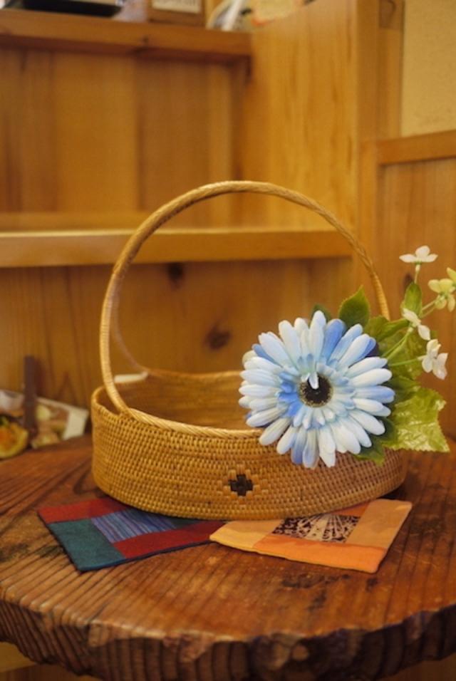 Rosily(ロージリー) バリ島 アタかご雑貨  花籠持手付きL (OVL245)