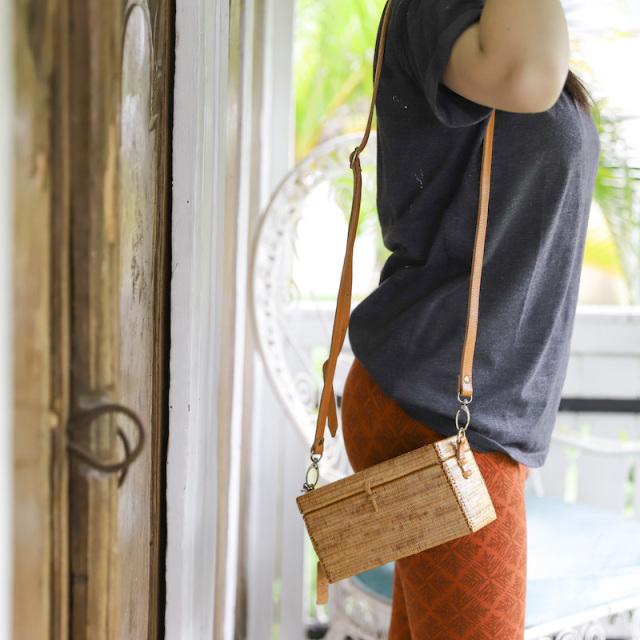 角型ウルトラスーパー蓋付きショルダーバッグS (SAB118)  Rosily(ロージリー) バリ島 超極細編み アタかごバッグ 高級 浴衣や着物にも