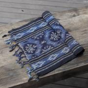 ジャワイカット(インドネシア絣・綿100%・機織り) (NRA932-01)  Rosily(ロージリー) バリ島 布 テーブルクロス