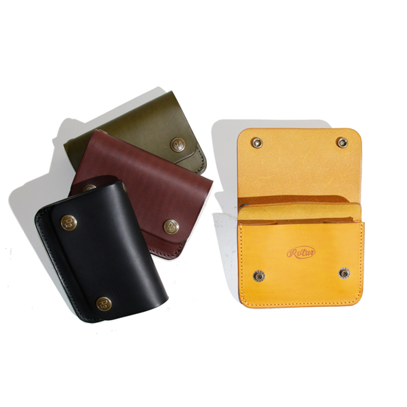 Short flap wallet