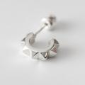 7ピラミッド スタッズピアス /7 Pyramid Studs Pierced Earring