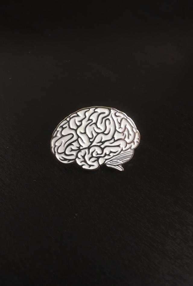 【アナトミーピンバッチ】側面の脳(Brain White Lateral view)