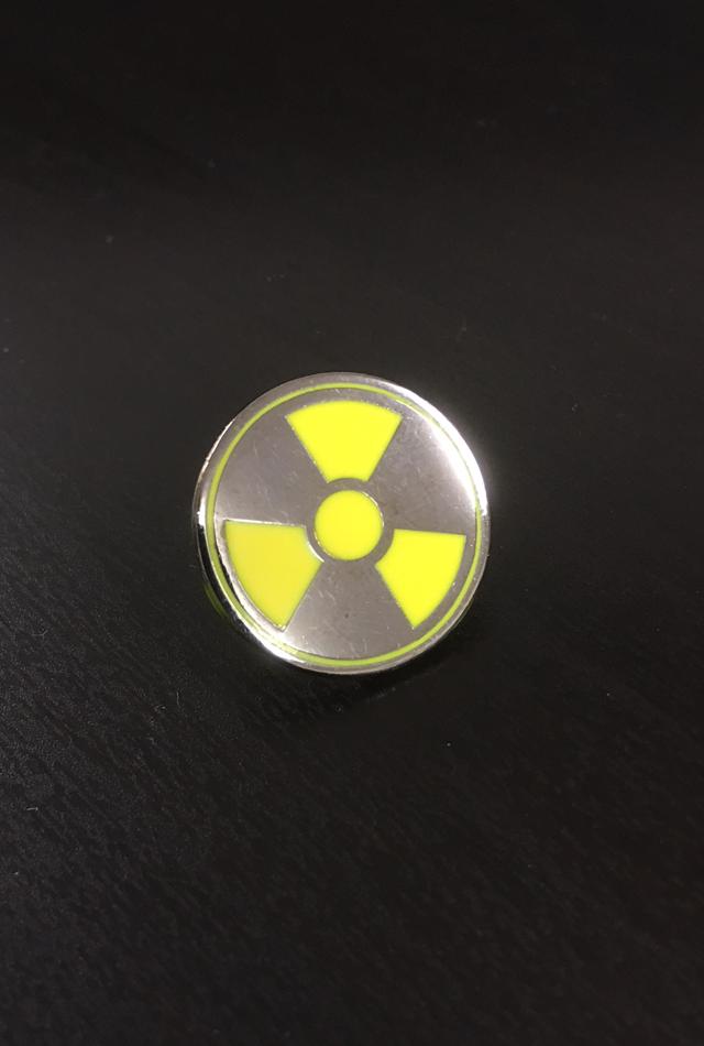 【サイエンスピンバッチ】放射線(Radioactive)