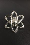 【サイエンスピンバッチ】アトム(Atom)