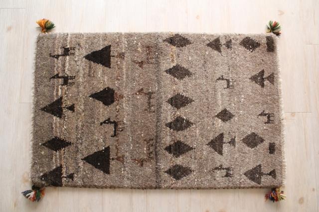 遊牧民のじゅうたん ギャッベ(玄関マットサイズ大 87×55cm) 882