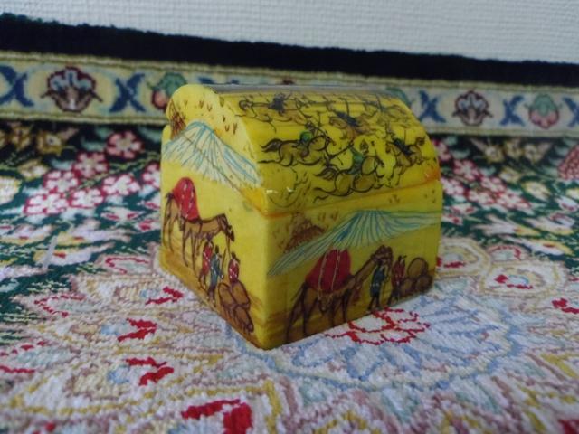 ラクダの骨の小箱(小) ZA334