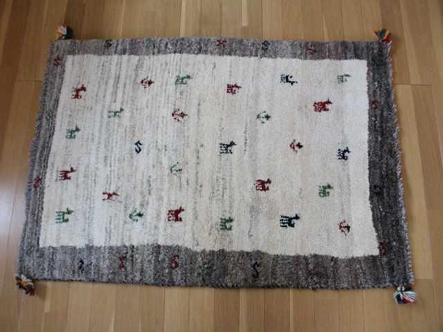 遊牧民のじゅうたん ギャッベ(ラグサイズ小 約122×75cm) 109