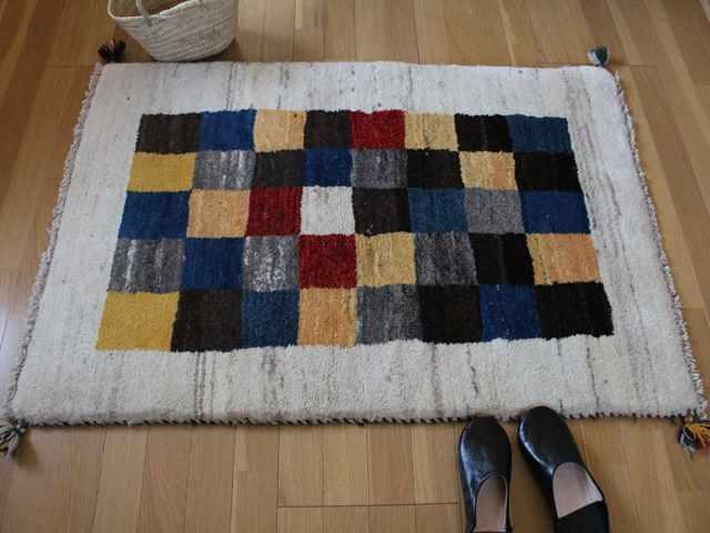 遊牧民のじゅうたん ギャッベ(ラグサイズ小 約122×75cm) 110