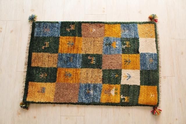 遊牧民のじゅうたん ギャッベ(玄関マットサイズ大 87×55cm) 162