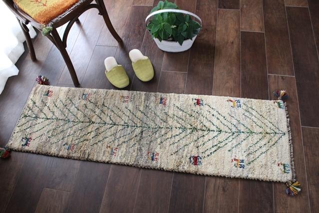 遊牧民のじゅうたん ギャッベ(ランナーサイズ 141×43cm) 199