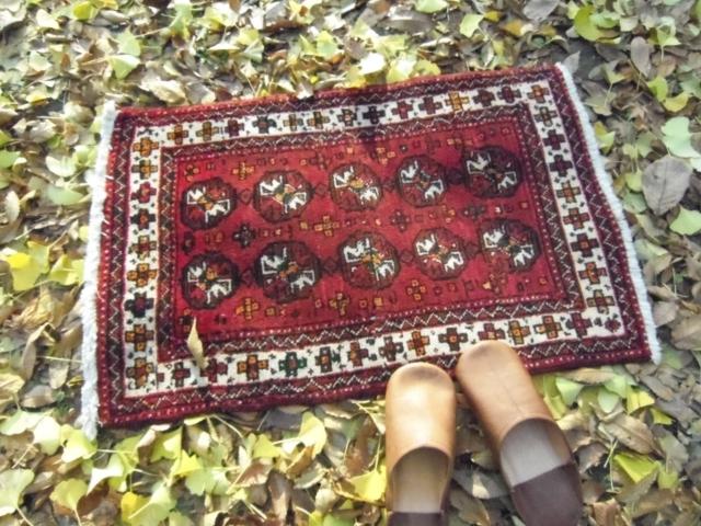 【セミ・オールド】トルキャマン絨毯(玄関マットサイズ中) 215327