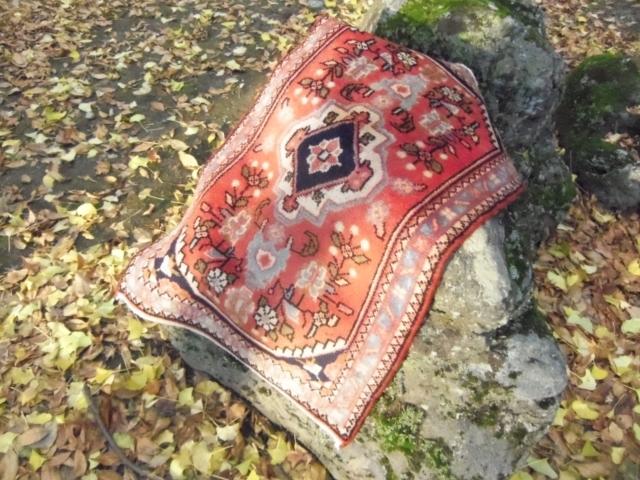 【セミ・オールド】ハメダン絨毯(玄関マットサイズ中) 222-383