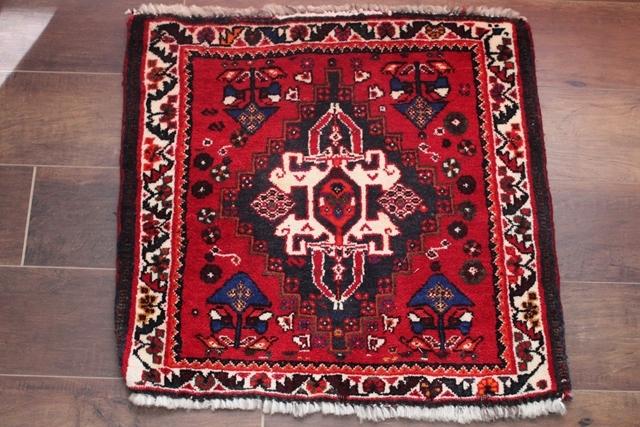 【送料無料】シラーズ絨毯 トライバルラグ(56×62cm) 43
