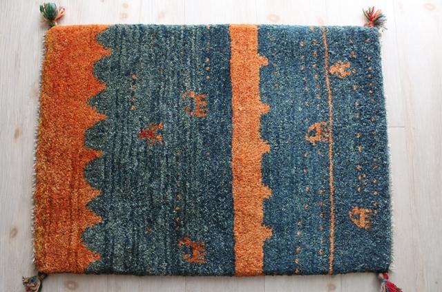 【送料無料】遊牧民のじゅうたん ギャッベ(玄関マットサイズ中 70×50cm) 78