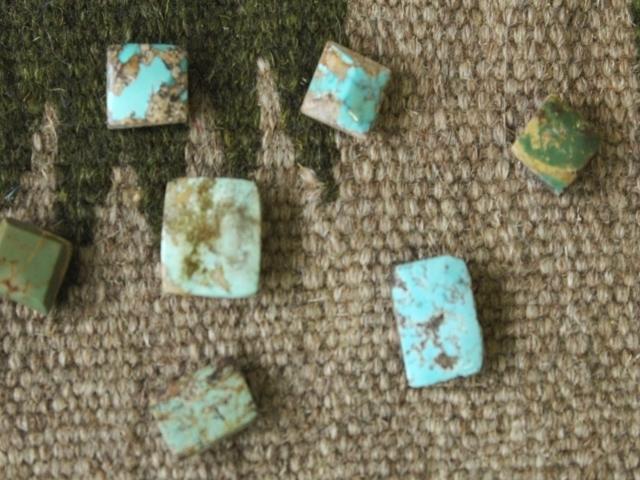 ペルシャ産ターコイズのルース(裸石)・小-1  AC404-1
