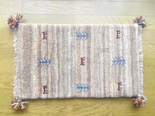 遊牧民のじゅうたん ギャッベ(玄関マットサイズ小 約60×40cm) P1202