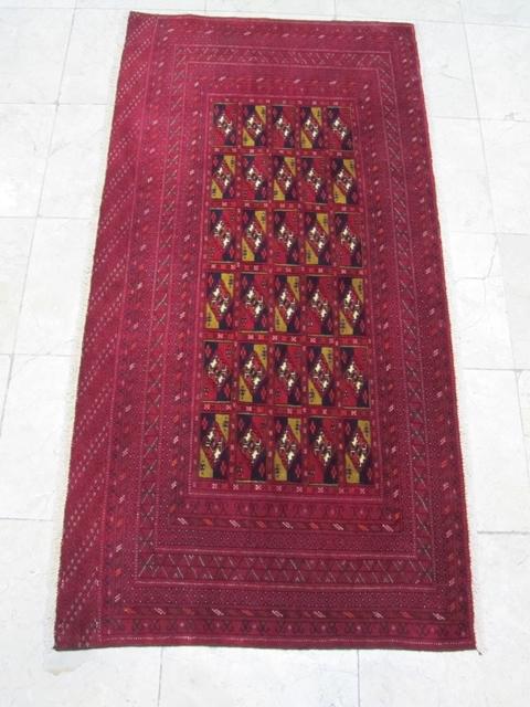 【セミ・オールド】トルキャマン絨毯(139×68cm) Y165