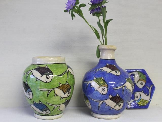 おさかな模様 陶器の花瓶 ZA314