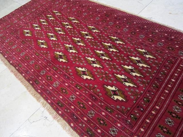 【送料無料】トルキャマン絨毯(132×63cm) Y177