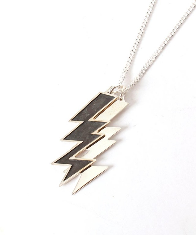 FANTASTIC MAN NECKLACE 667