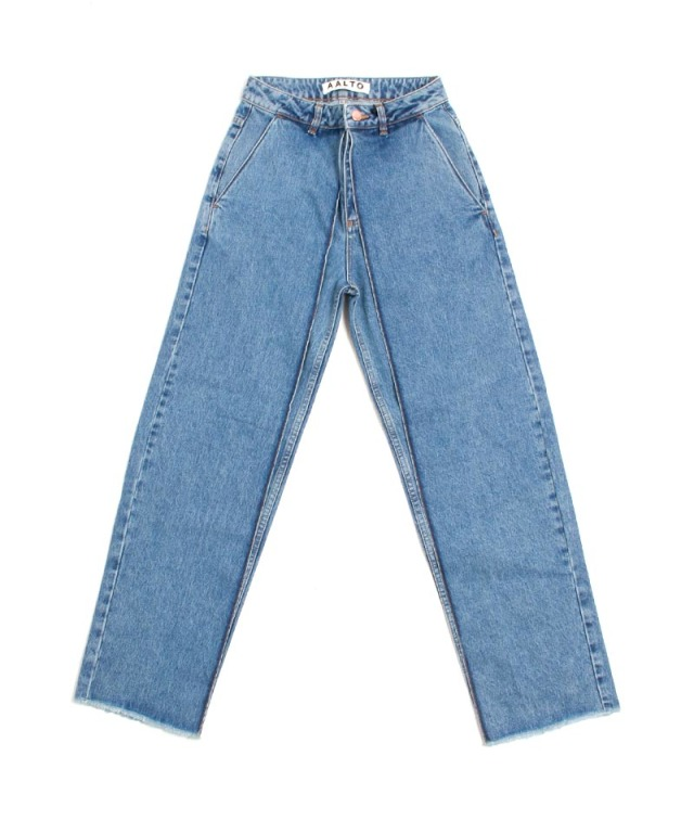 AALTO CROPPED WIDE FIT JEANS WITH PLEATS