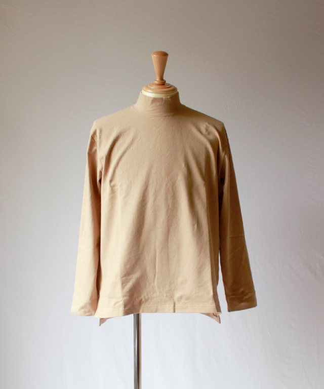 CURLY STATIC LS MOCK NECK beige