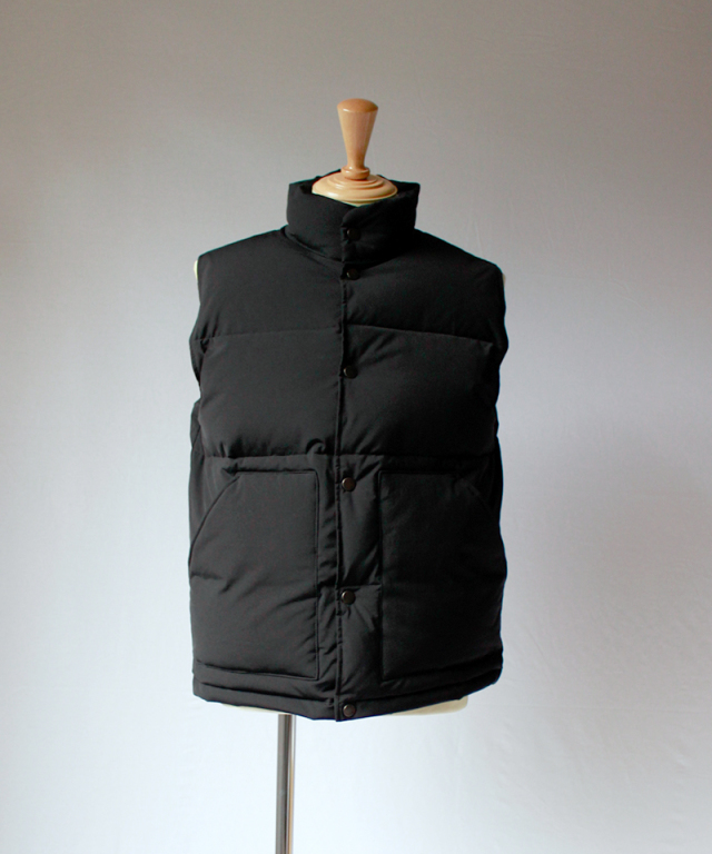 CURLY ASTOR VEST black