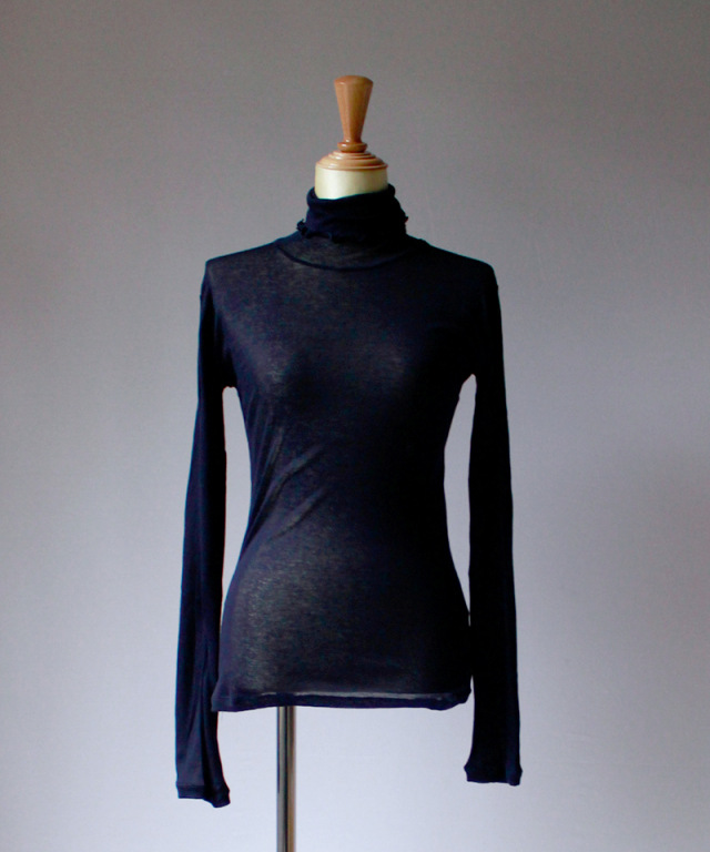 BASERANGE Puig Turtle Neck Midnight Blue