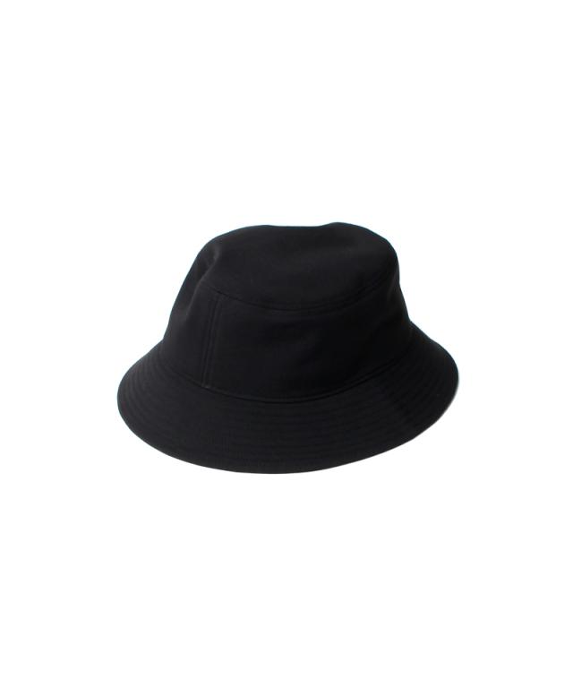 LAUGH & BE CORE LOGO HAT black