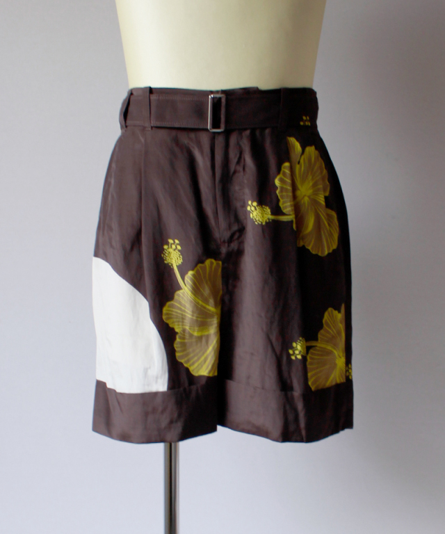 3.1 Phillip Lim CUFFED PLEATED PRINTED SHORTS W TWIST BELT florl dk brown khaki