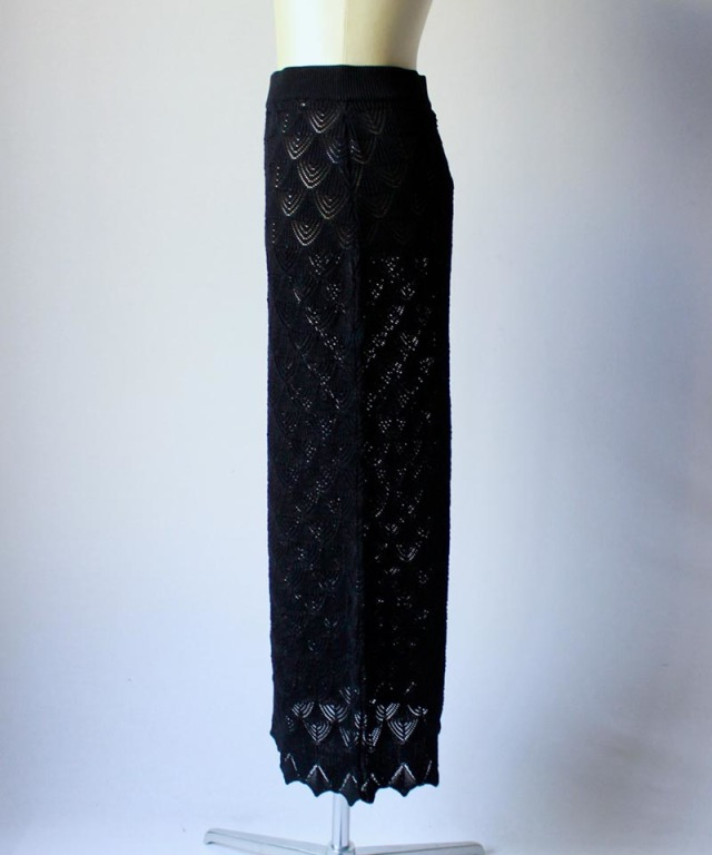 TAN LACY LONG SKIRT black