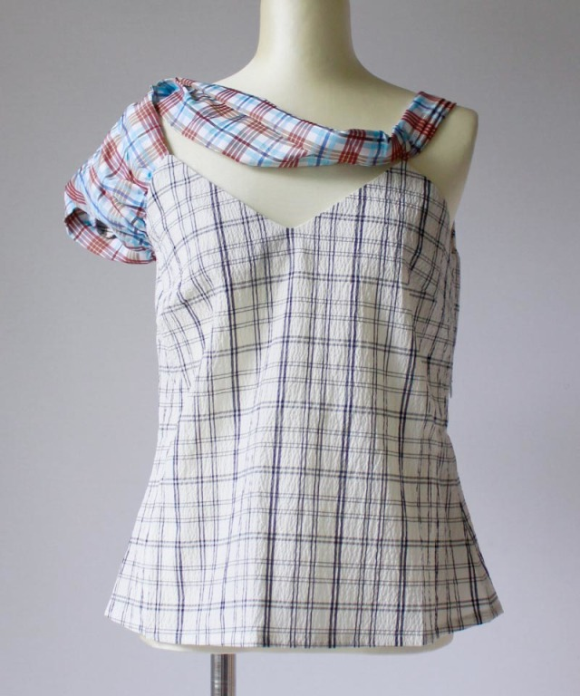 AALTO TOP WITH ASYMMETRICAL SLEEVES
