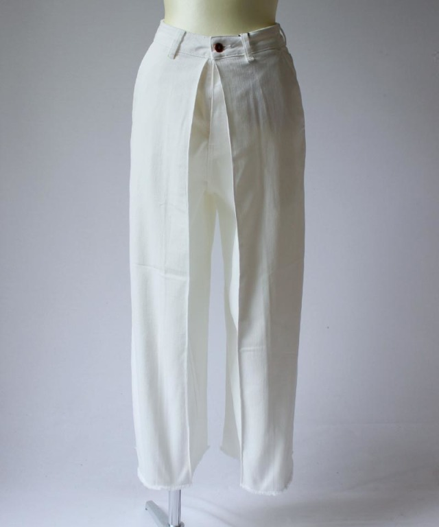 AALTO HIGH WAIST BAGGY CROPPED DENIM JEANS white