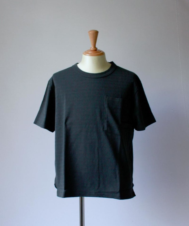 CURLY AZTEC CN POCKET TEE ink black