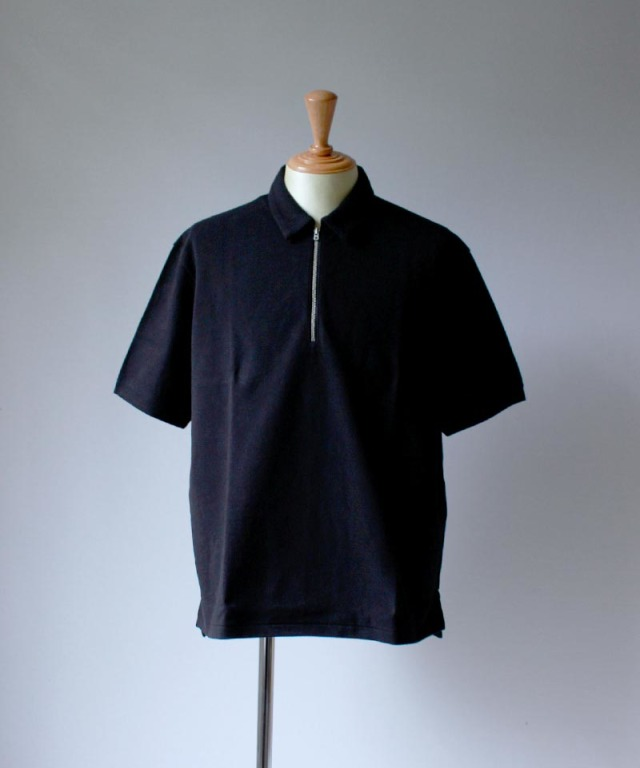 CURLY BRIGHT SS ZIP POLO black