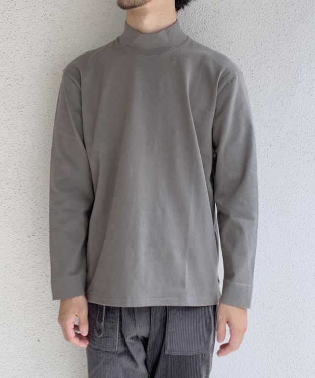 CURLY STATIC LS MOCK NECK OLIVE GRAY
