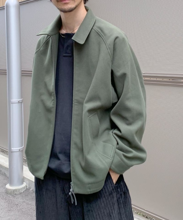 CURLY CRUST SHORT BLOUSON OLIVE