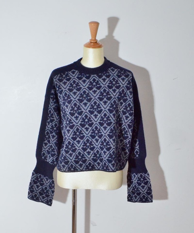 TAN DAMASK PATTERN PO navy