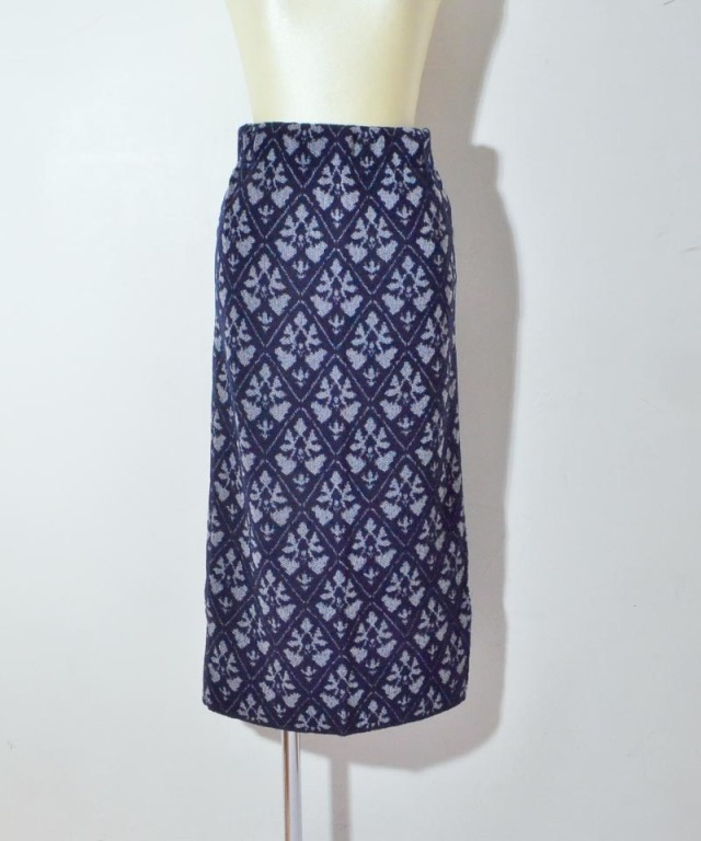 TAN DAMASK PATTERN SKIRT navy