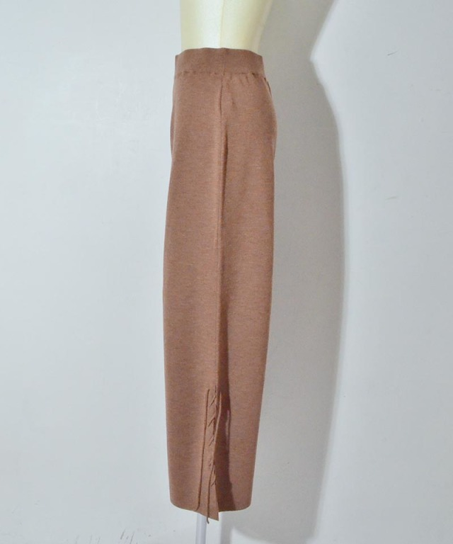 Uhr All Needles Lace-up Knit Pants camel