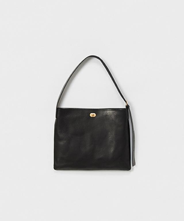 Hender Scheme twist buckle bag M black