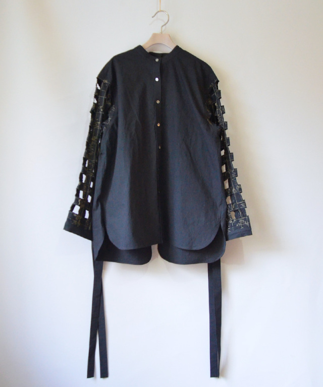 ERiKO KATORi Tape embroidery shirts BLK
