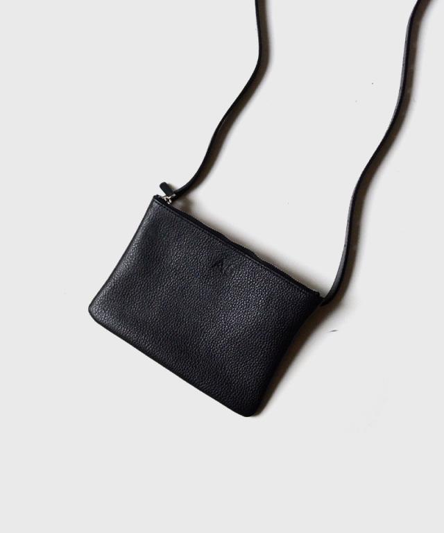 PIENI/A A5 BLACK